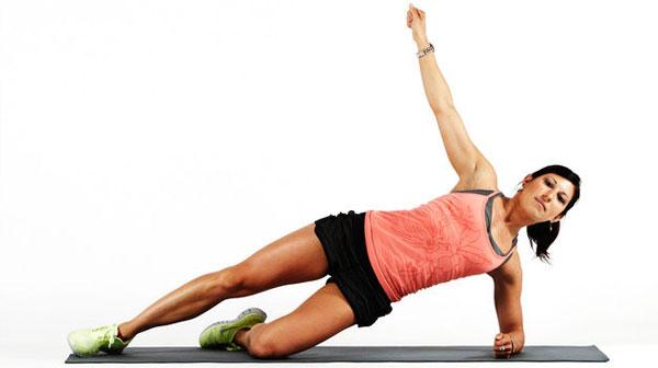 حركات أساسية و مهمة لكل من هو مهتم برياضة اليوجا 201482015721973